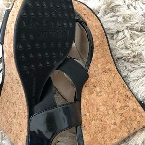Black Wedges 9M Adrienne Vittadini